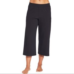 NWT LARGE CALIA WIDE ANKLE CROP Pants